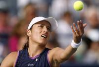 Фото: AFP/Getty Images. Катарина Среботник впервые в своей карьере обыграла Серену Уильямс